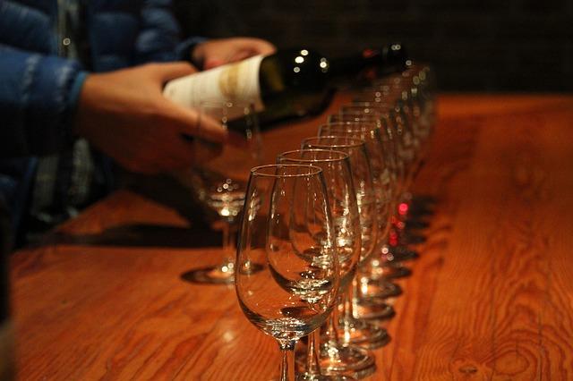 6 consejos a la hora de catar un vino